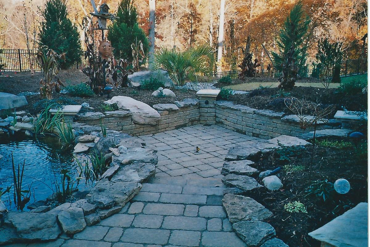 patio-pond-mattel1-jpg